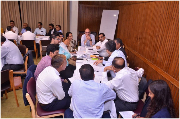 Table discussion during sessions